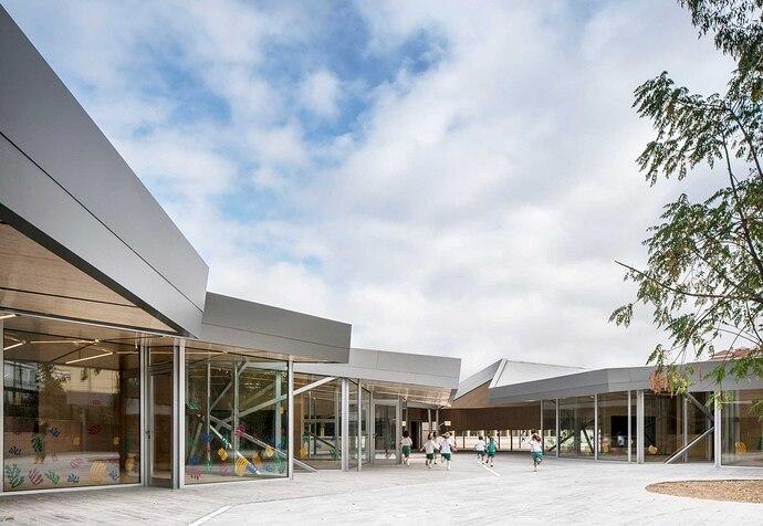 metalocus_mgm-arquitectos_colegio-bvm-irlandesas_01