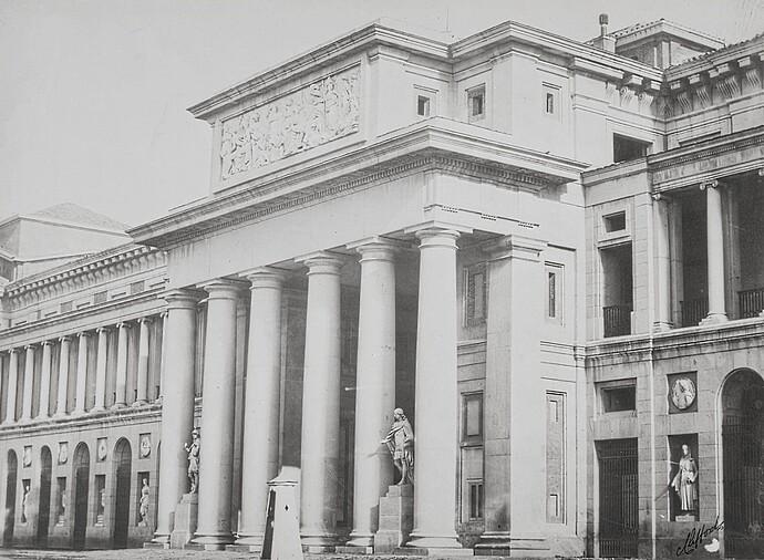 Museo-del-Prado-vista-de-la-fachada-oeste-o-de-Velázquez~2