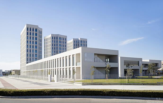 Facultad-Medicina-Campus-salud-Universidad-UGR-Granada_Design-exterior-torres-fachada-hormigon-Cruz-y-Ortiz-Arquitectos_JCA_21-X